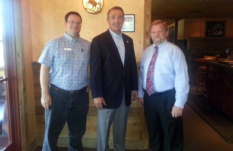 NAIFA-West Valley President Chris Kelly (l), Congressman Trent Frank (c) and NAIFA-Arizona National Committee Chair, Jim Bennett (r).